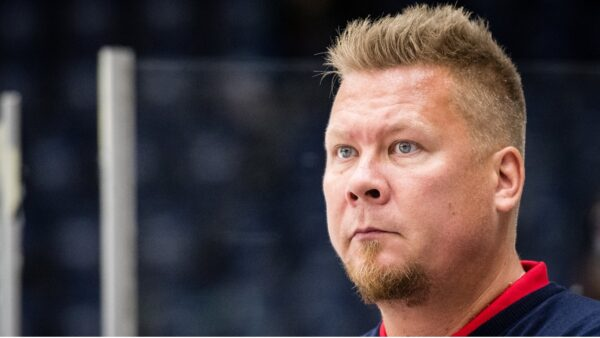 Päävalmentajan kyselytuokio: Jarno Pikkarainen vastaa fanien kysymyksiin
