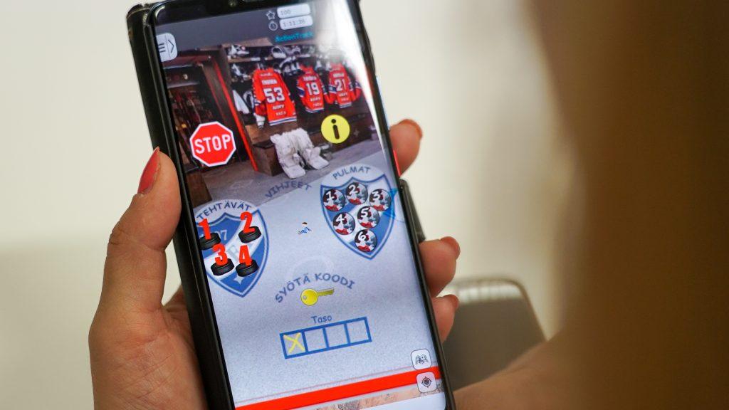 Pakoon pukukopista – HIFK järjesti koululaisille virtuaalisen pakohuonepelin
